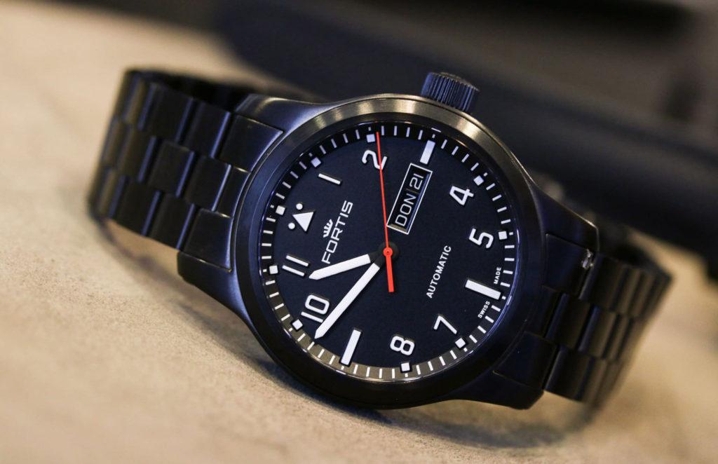 часы Fortis Aeromaster Professional