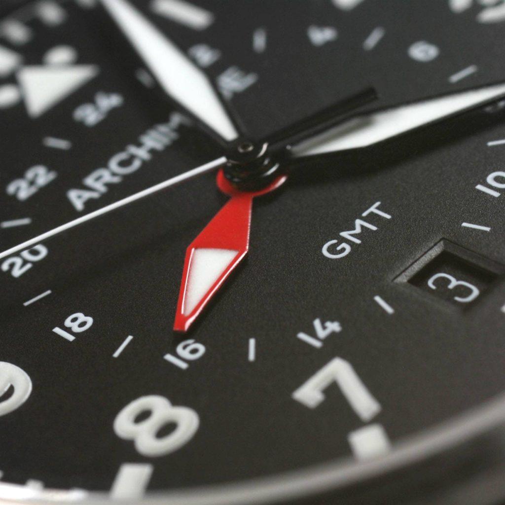 Archimede Pilot 42 GMT macro