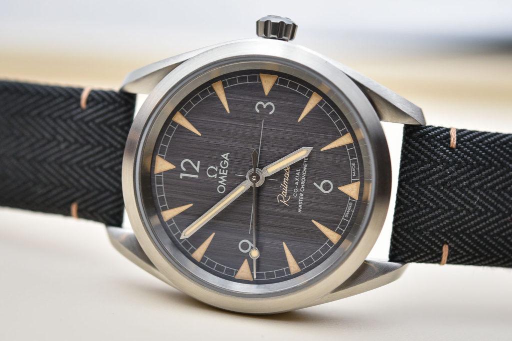 часы Omega Railmaster Master Chronometer
