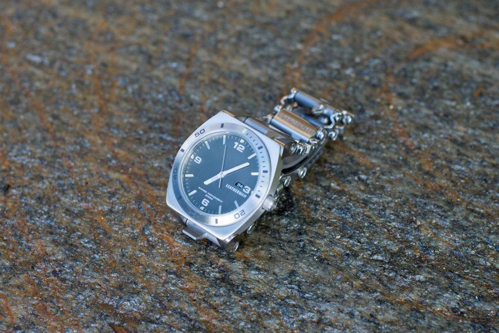 мультитул часы Leatherman Tread Tempo